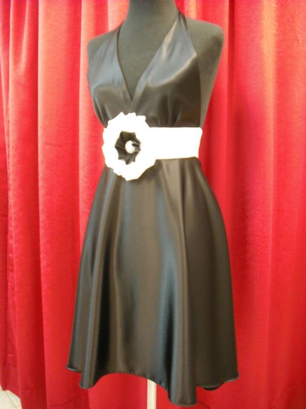 Vestido Escote Halter, Color Blanco Y Negro.