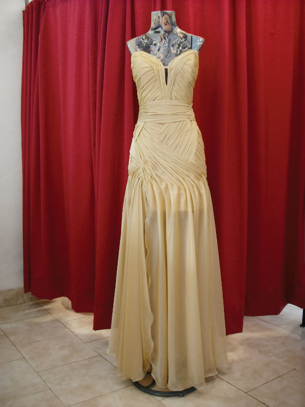 Vestido Largo Dorado Drapeado