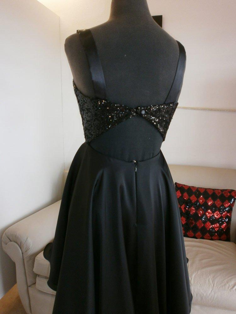 Vestido Negro Espalda Rio Cuarto