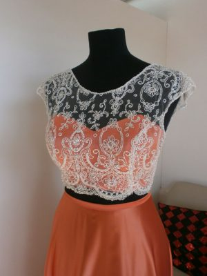 Top y vestido color naranja